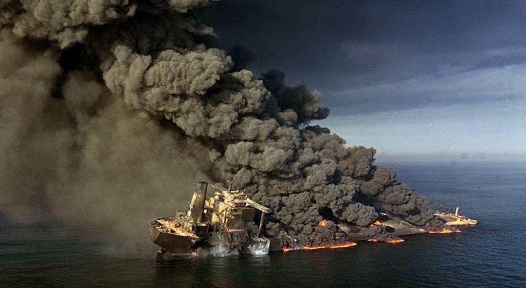 Иран угрожает начать вторую танкерную войну