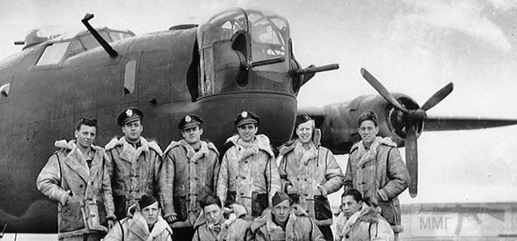 100096 - Стратегические бомбардировки Германии и Японии