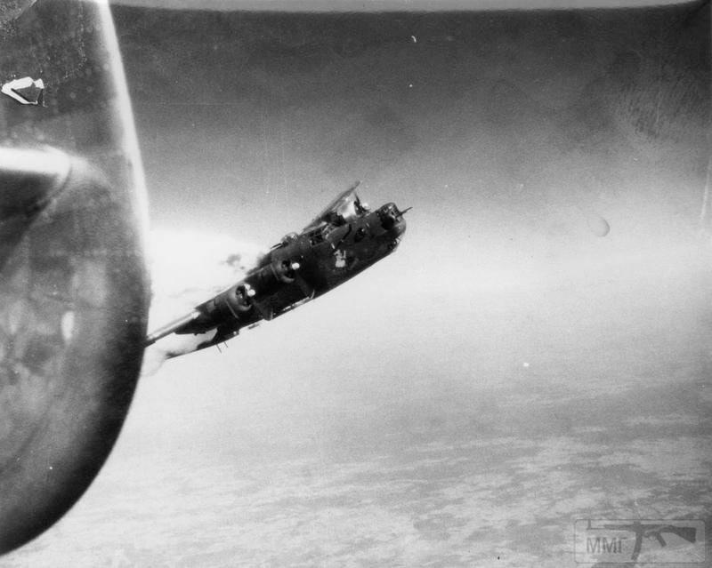 100097 - Стратегические бомбардировки Германии и Японии