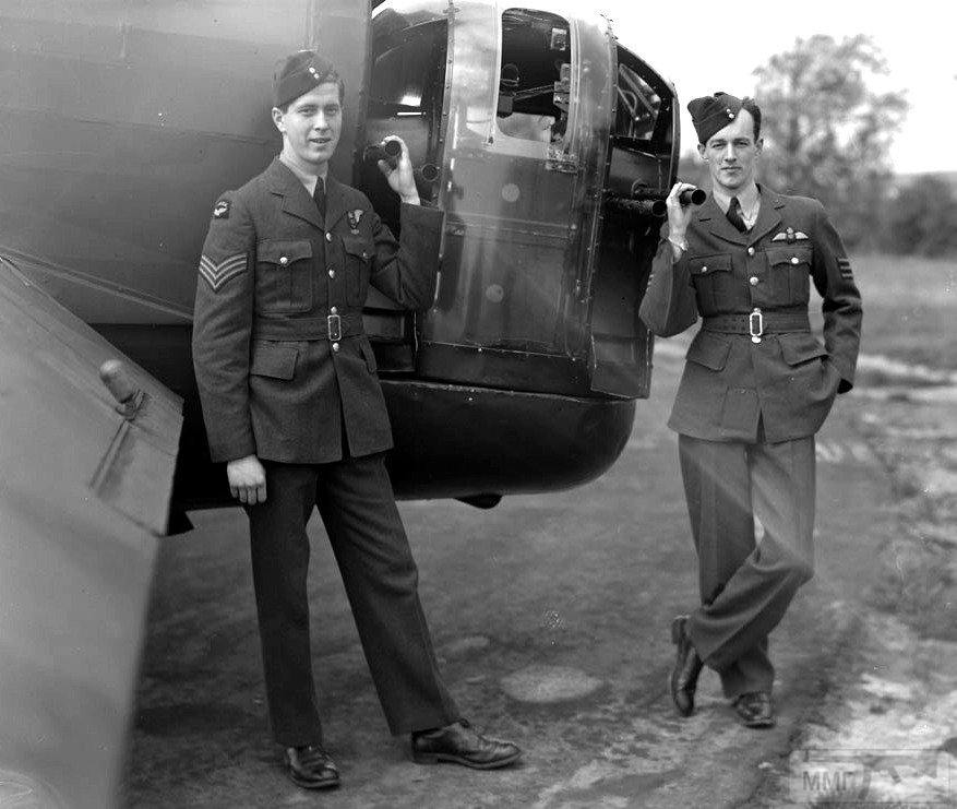 101293 - Стратегические бомбардировки Германии и Японии