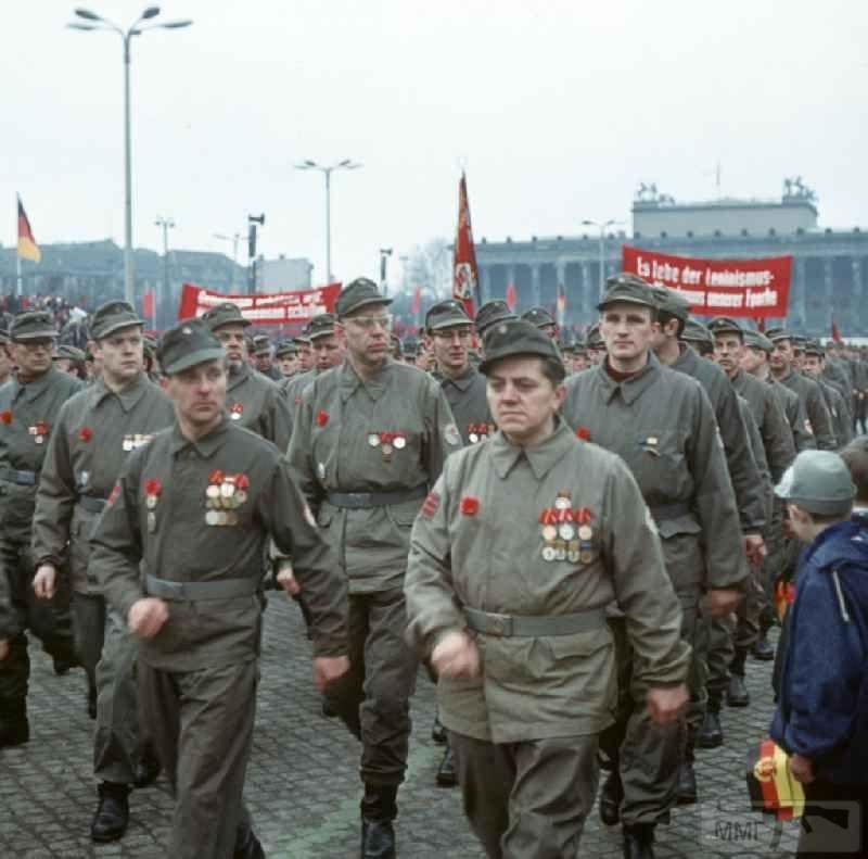 102807 - Короткий ролик - тема о ГДР