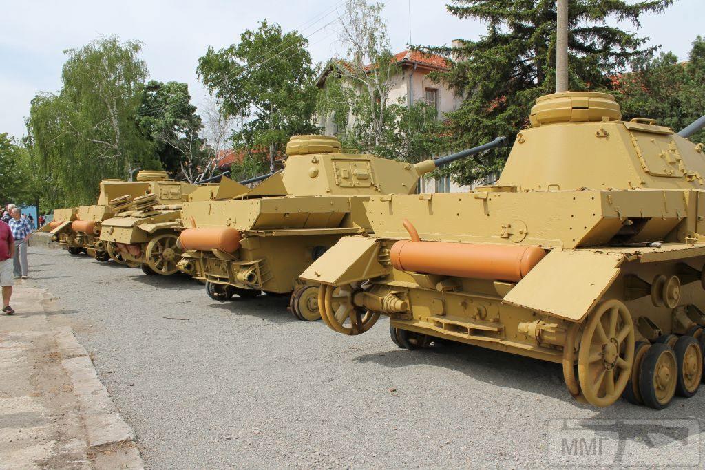 102877 - Танки в Болгарии