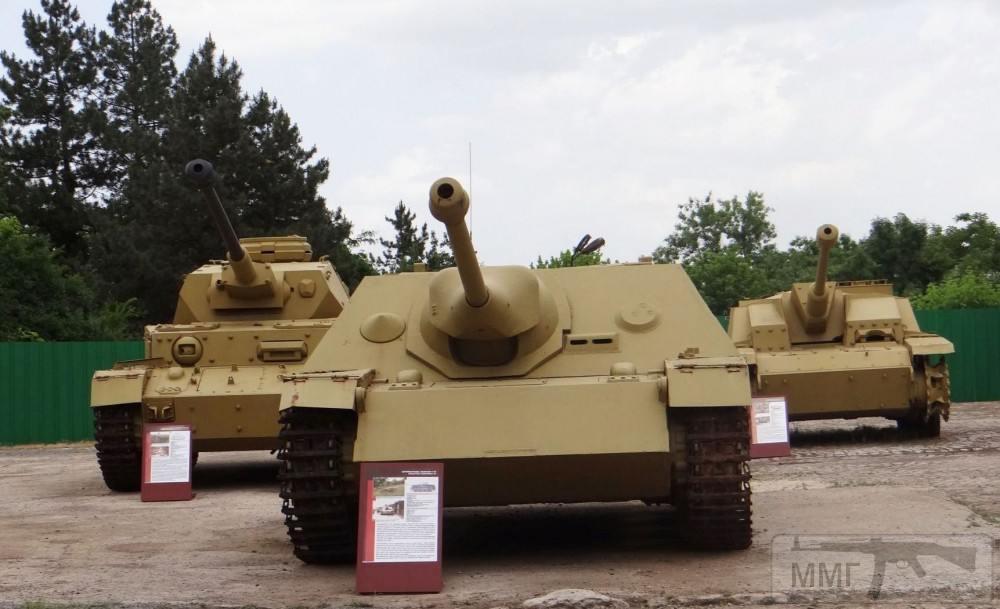 102879 - Танки в Болгарии