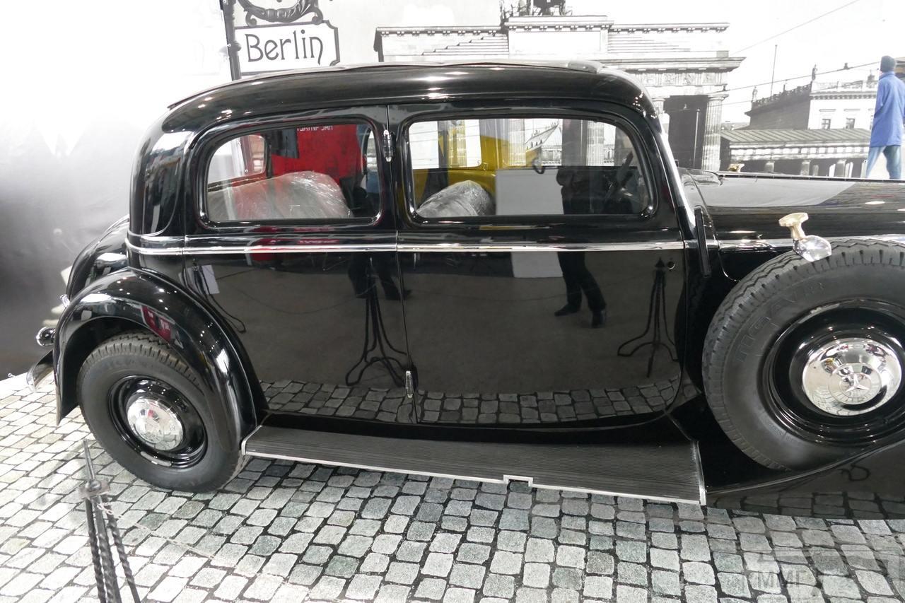 102910 - Легковые автомобили Третьего рейха