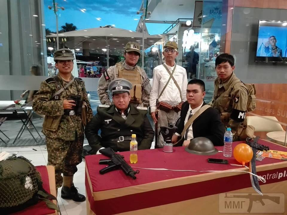 102971 - Азиатские реконструкторы