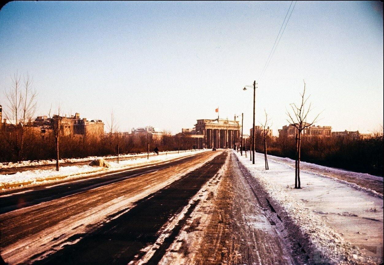 104084 - Короткий ролик - тема о ГДР