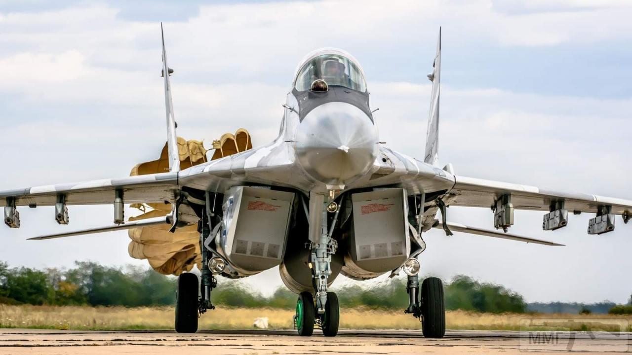 104690 - Красивые фото и видео боевых самолетов и вертолетов
