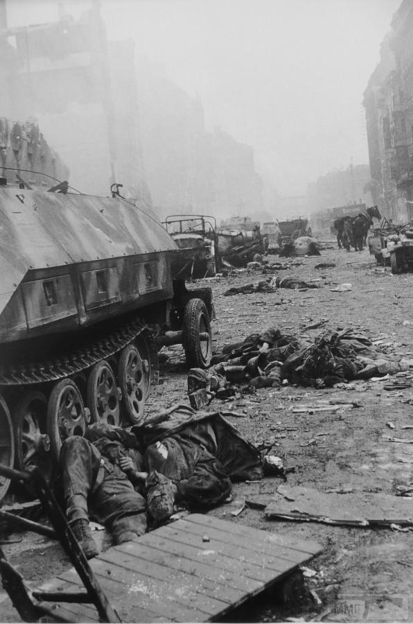 106212 - Русский герой обороны Берлина