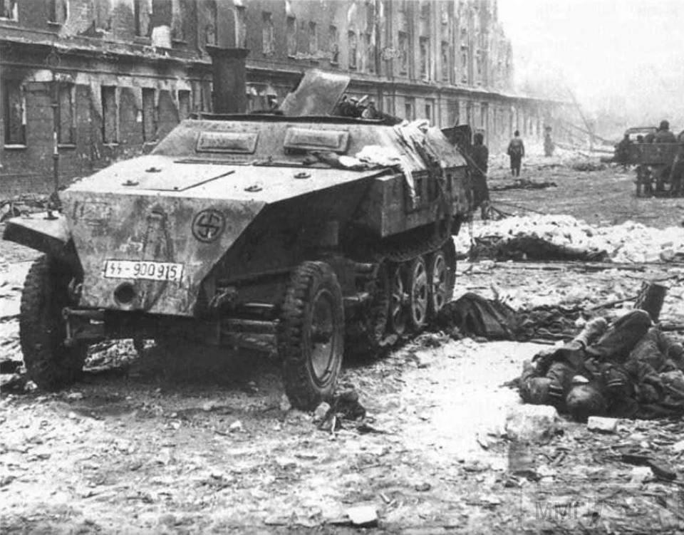 106213 - Русский герой обороны Берлина