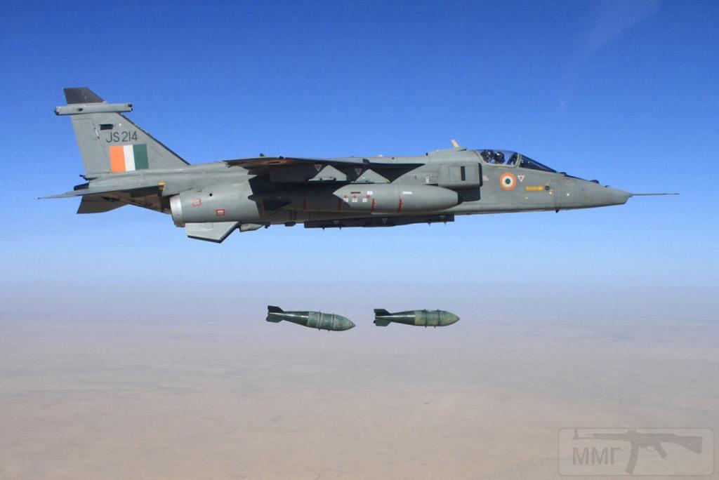 """10673 - Британские самолеты Jaguar GR-1A в операции """"Буря в пустыне"""" 1991 г."""
