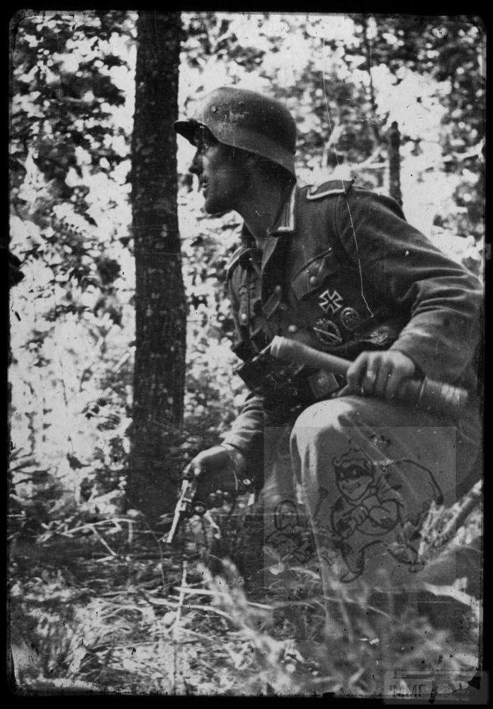 106785 - Военное фото 1941-1945 г.г. Восточный фронт.