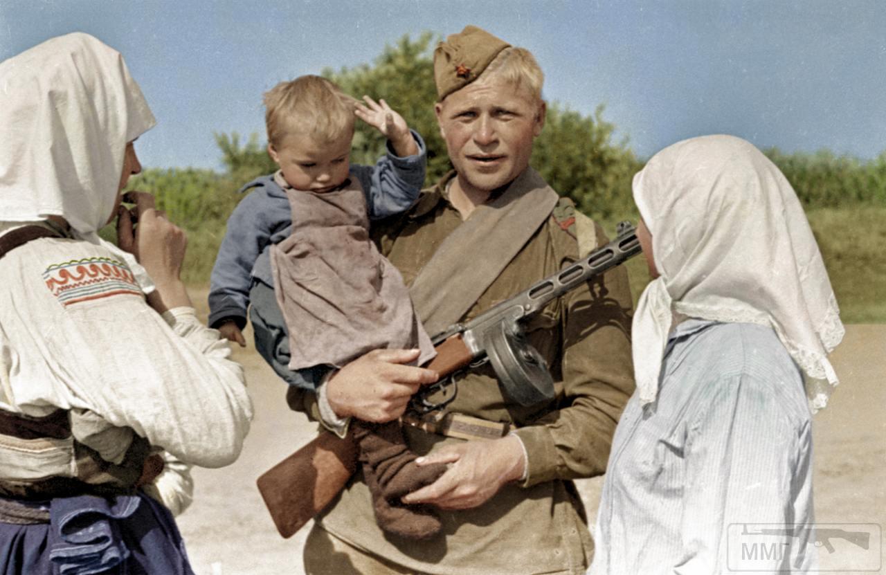 107098 - Военное фото 1941-1945 г.г. Восточный фронт.