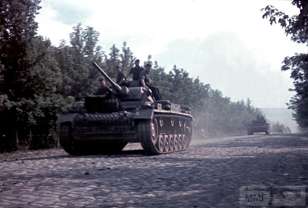 107125 - Военное фото 1941-1945 г.г. Восточный фронт.