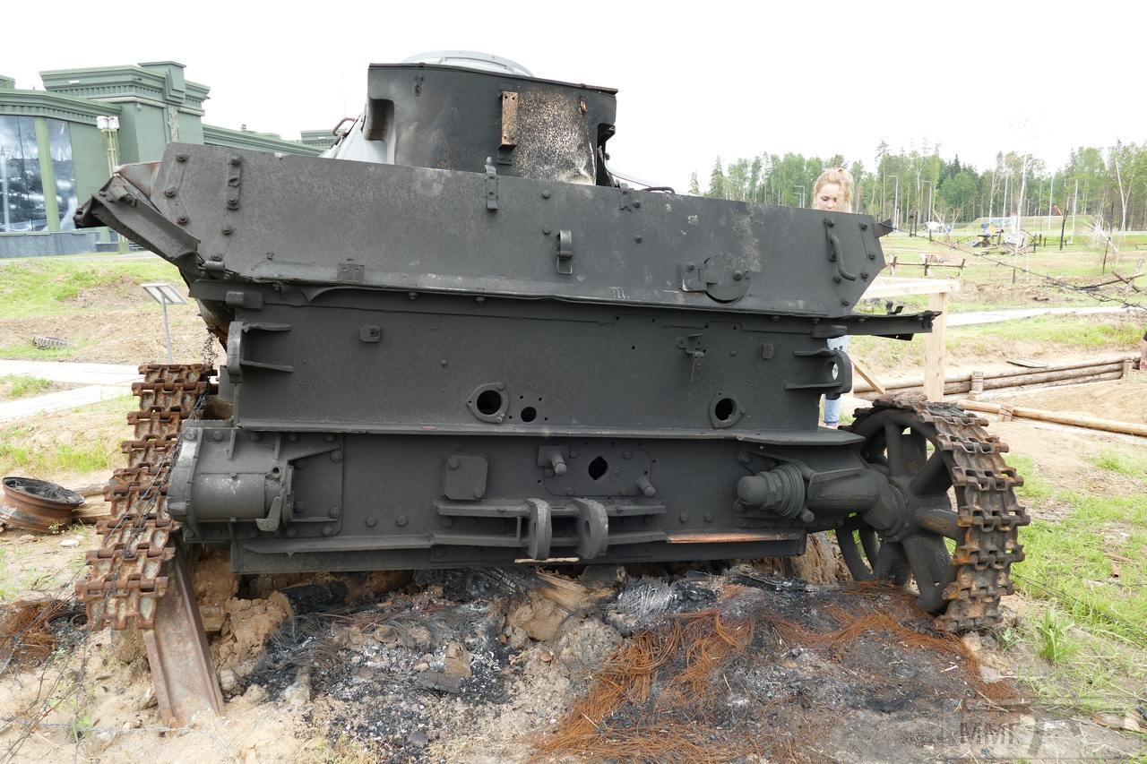 """107407 - Служба немецких """"коробочек"""" после войны..."""