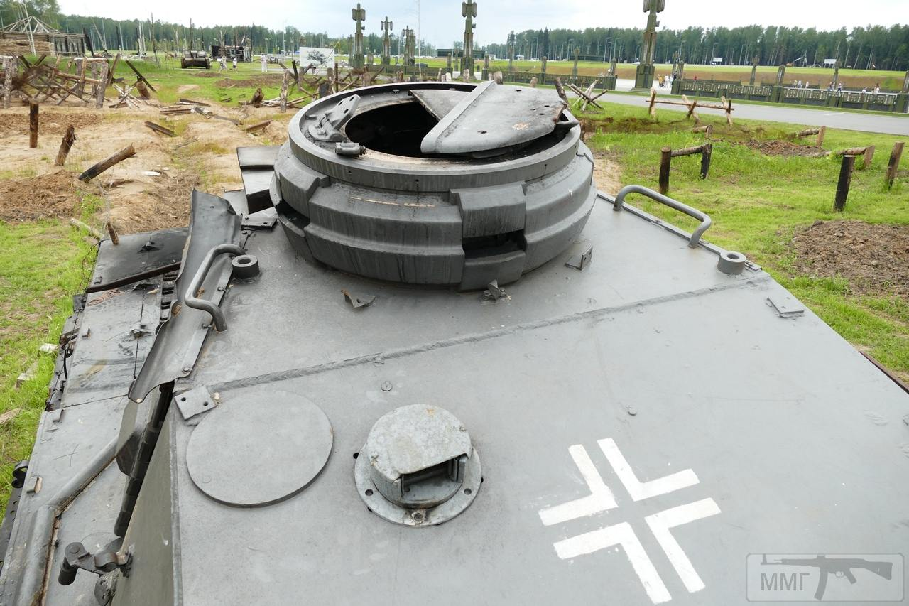 """107413 - Служба немецких """"коробочек"""" после войны..."""