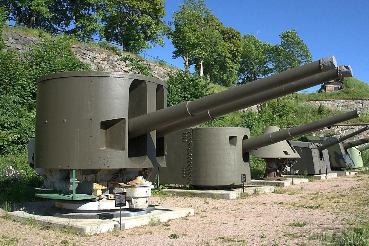 107433 - Корабельные пушки-монстры в музеях и во дворах...