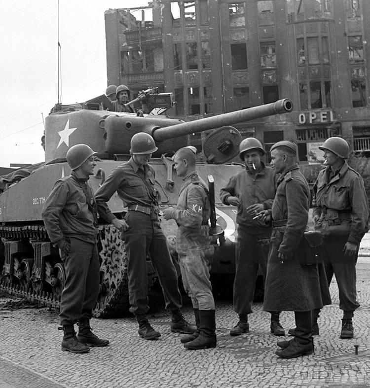108472 - Русский герой обороны Берлина