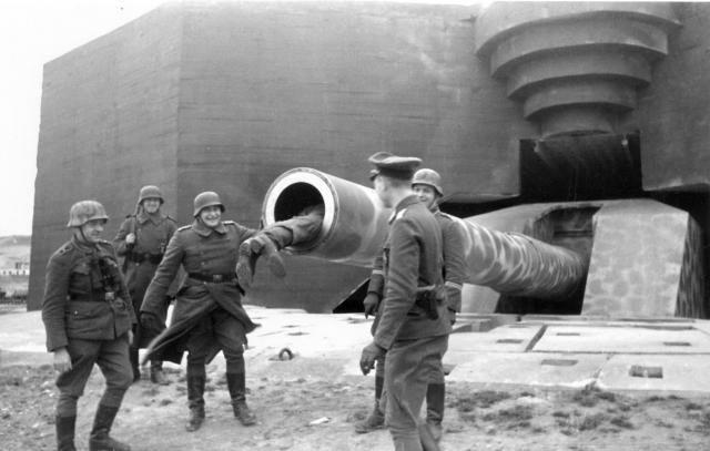 10849 - Корабельные пушки-монстры в музеях и во дворах...