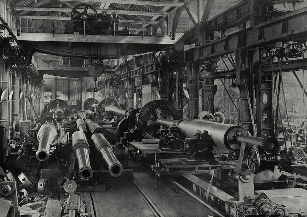 10935 - Корабельные пушки-монстры в музеях и во дворах...