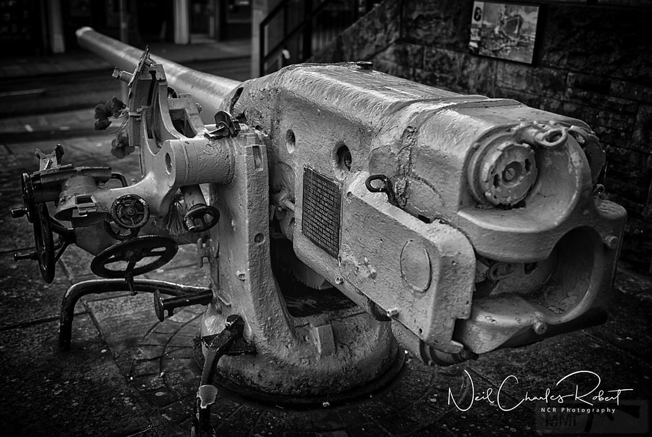 10956 - Корабельные пушки-монстры в музеях и во дворах...