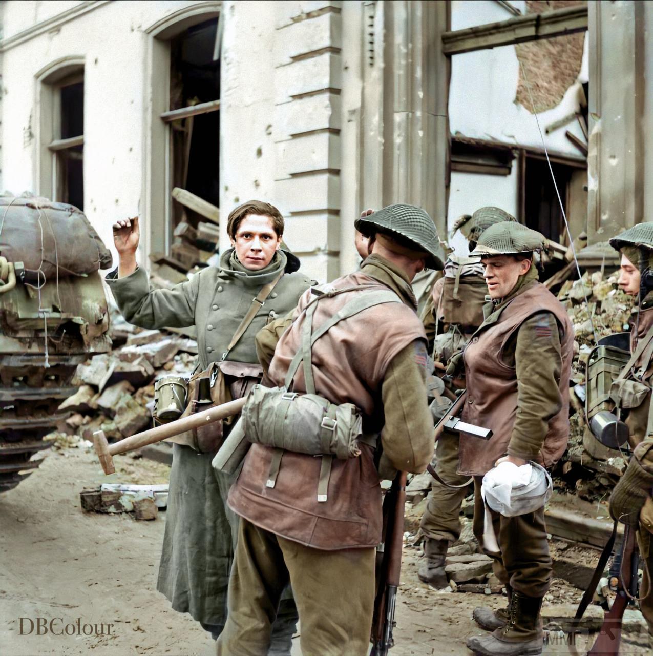 109561 - Военное фото 1939-1945 г.г. Западный фронт и Африка.