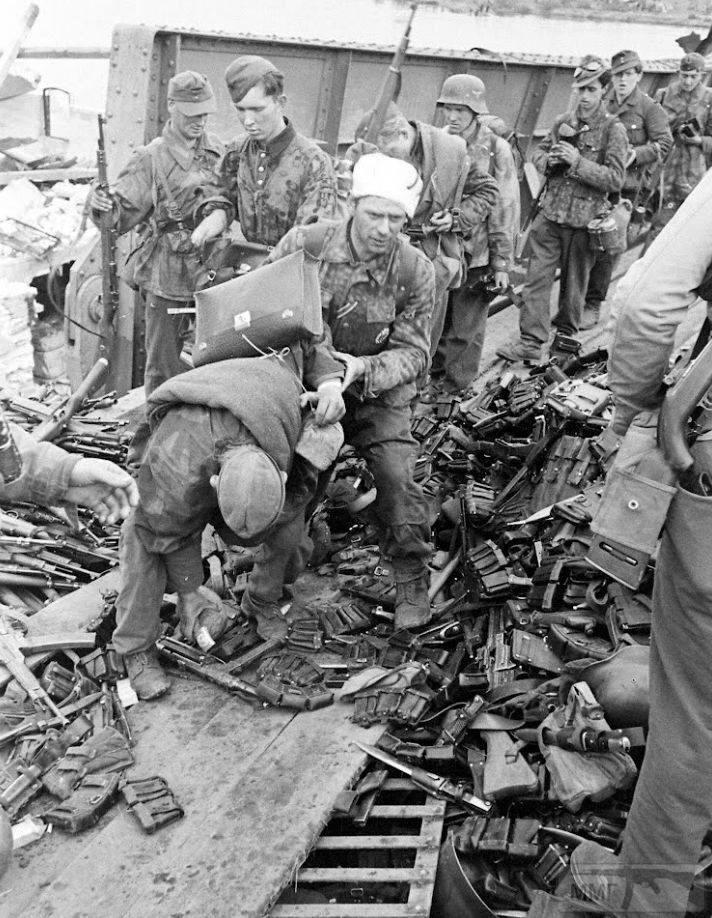 110085 - Военное фото 1939-1945 г.г. Западный фронт и Африка.