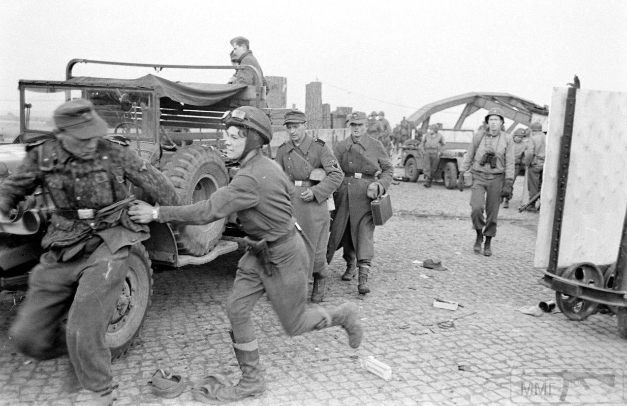 110091 - Военное фото 1939-1945 г.г. Западный фронт и Африка.