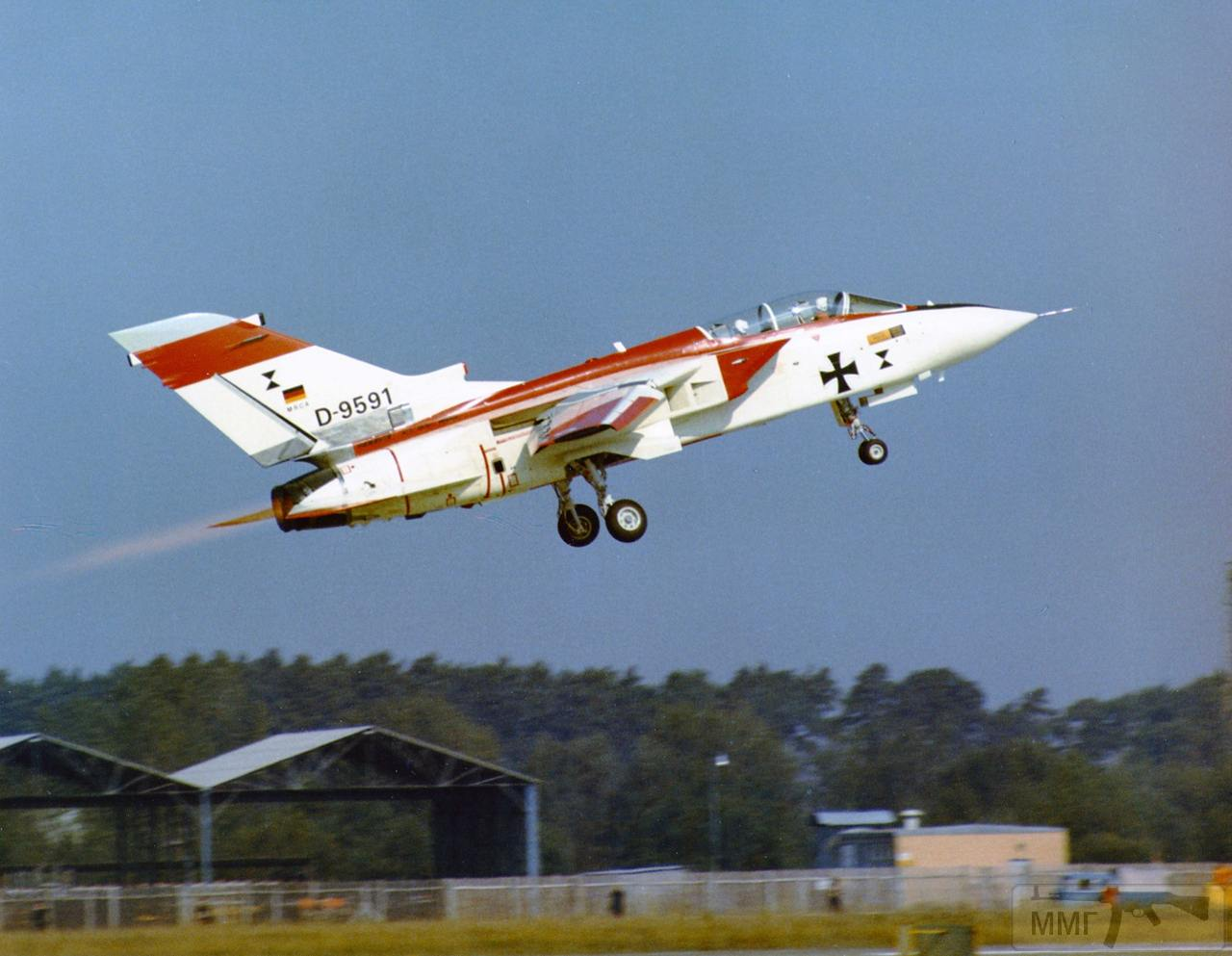 110331 - Красивые фото и видео боевых самолетов и вертолетов