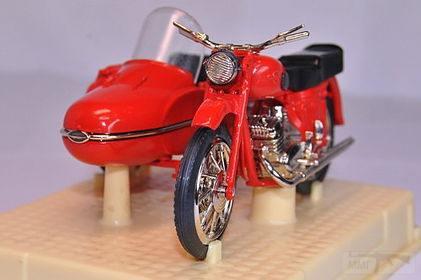 11071 - Модель мотоцикла Иж-Юпитер 2К в масштабе 1:24