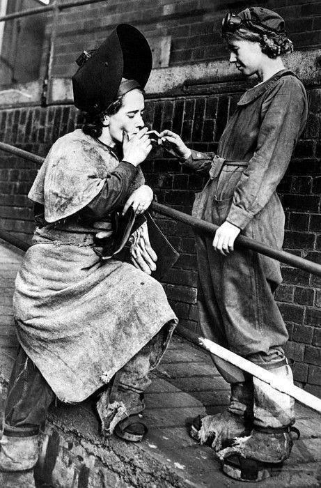 110761 - Женщины на войне.