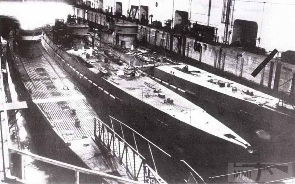 111437 - Действия немецких подлодок в Атлантике