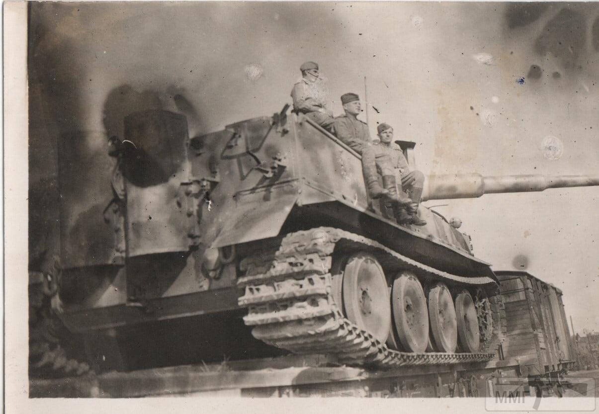 111524 - Achtung Panzer!