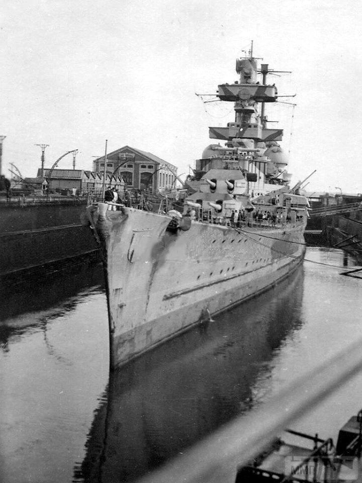 111897 - Тяжелый крейсер Admiral Hipper
