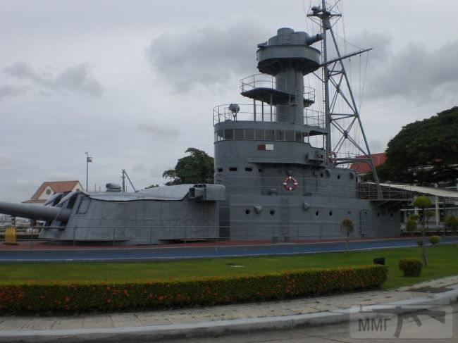 111911 - Корабельные пушки-монстры в музеях и во дворах...