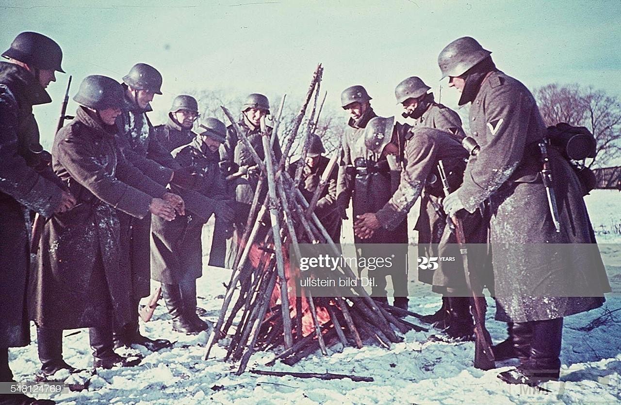 112004 - Военное фото 1941-1945 г.г. Восточный фронт.