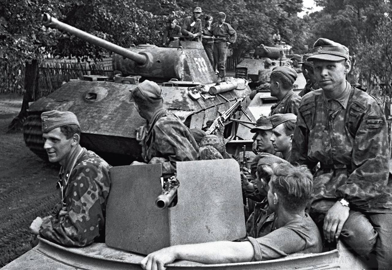 11205 - Achtung Panzer!