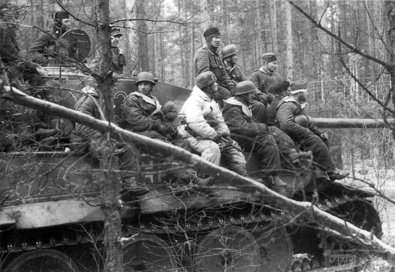 112110 - Achtung Panzer!