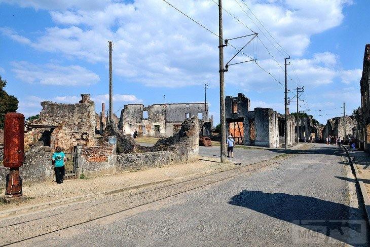 112377 - Орадур-сюр-Глан. Французская Хатынь