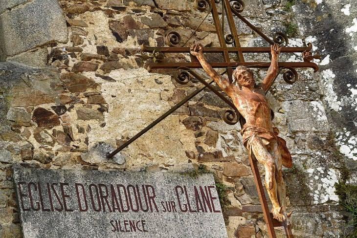 112381 - Орадур-сюр-Глан. Французская Хатынь