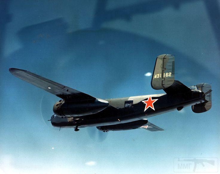 11247 - Американский бомбардировщик B-25J-10 с советскими опознавательными знаками в полете над Аляской, во время перегона в СССР по Ленд-лизу.