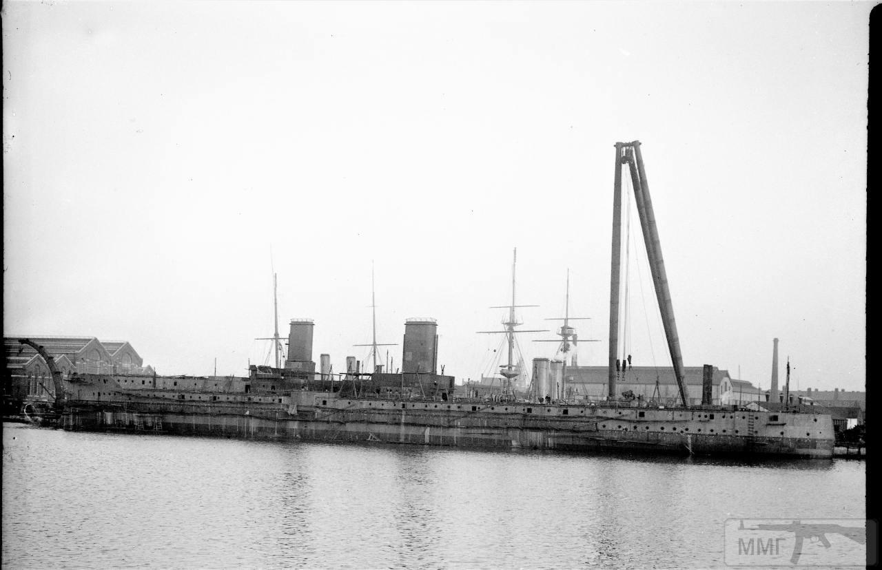 112686 - Броненосцы, дредноуты, линкоры и крейсера Британии