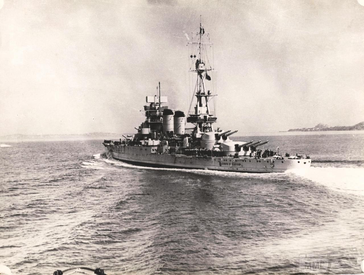113076 - Линкор Conte di Cavour на параде в Неаполитанском заливе, 5 мая 1938 г.
