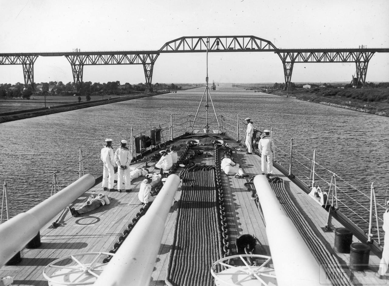 113347 - Легкий крейсер Leipzig в Кильском канале.