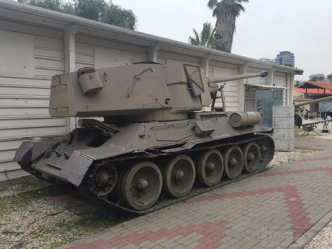11364 - Послевоенное использование советской бронетехники WW2