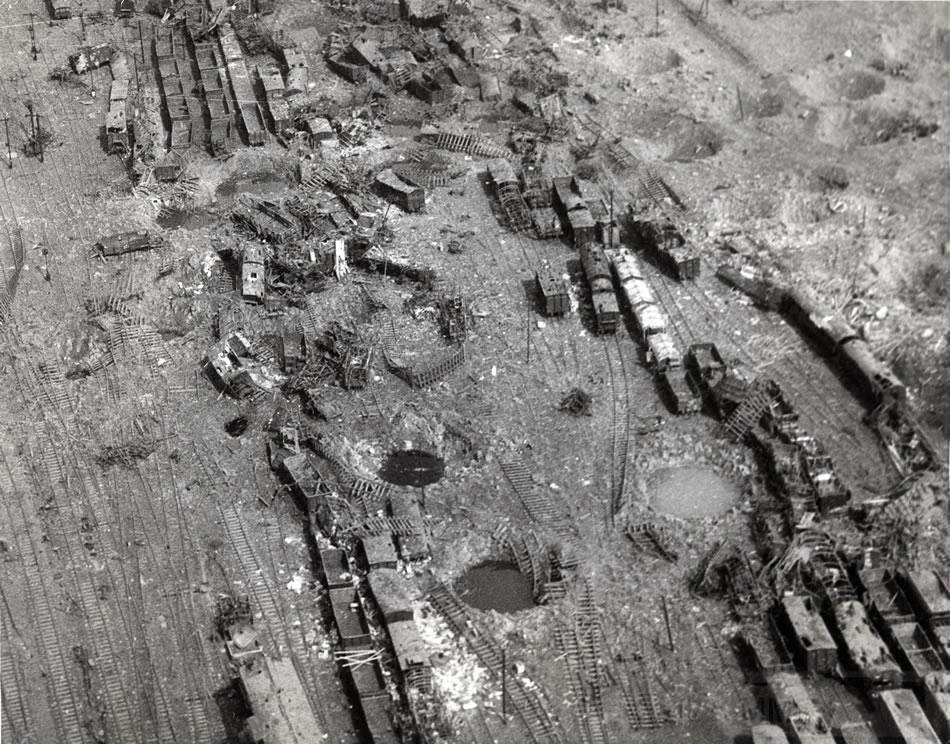 11374 - Стратегические бомбардировки Германии и Японии