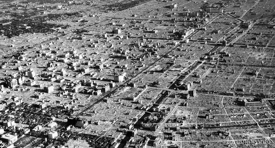 115335 - Стратегические бомбардировки Германии и Японии