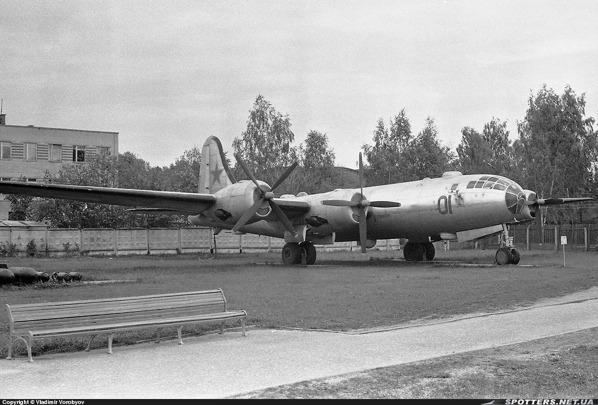 11637 - Советская копия В-29 / Ту-4