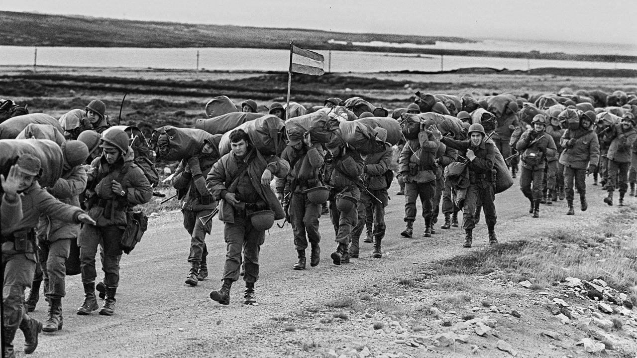 11707 - Фолклендская война