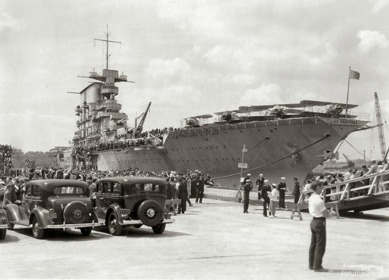 118542 - Авианосец USS Saratoga (CV-3) в Нью-Йорке, 1930 г.