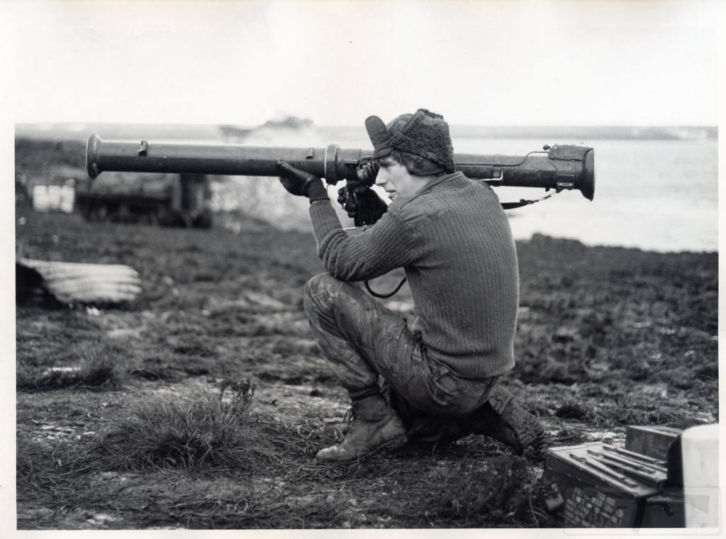 11912 - Фолклендская война